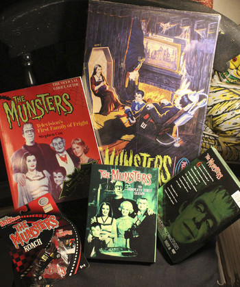 Munsters03s